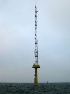 Wind-Messstation in der Nordsee_(c)_RWE_300x400