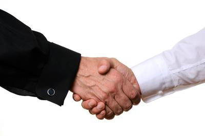 Vertrag Einigung Händedruck