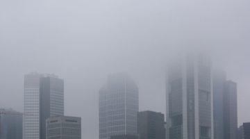 Smog bremst Sonnenstrom