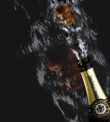 Silvester Jahreswechsel Sekt Flasche Korken