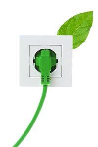 Wechsel zu Ökostrom spart Geld