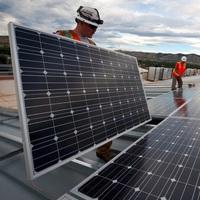 Steckdosen-Solargeräte dürfen ab sofort selbst angemeldet werden
