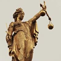Sinkende Netzentgelte für Stromkunden: Bundesgerichtshof bestätigt Kürzungen